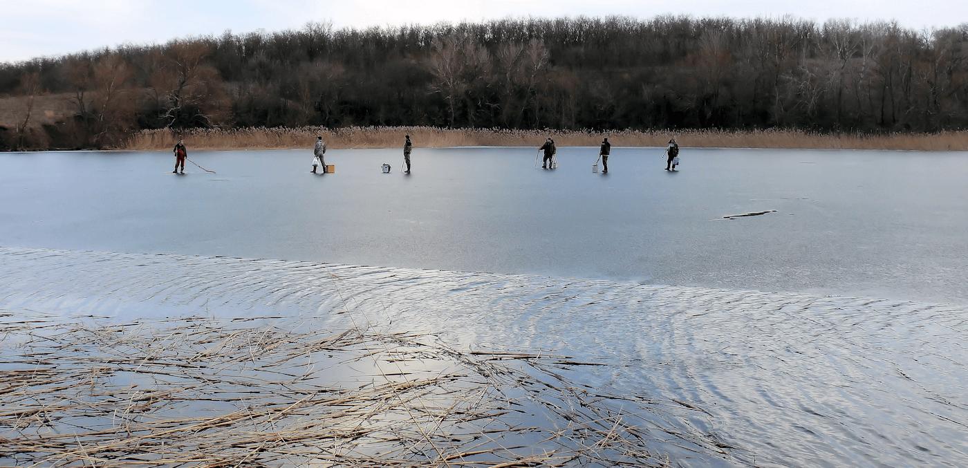 Тот случай, когда ещё с утра лёд был 15 см