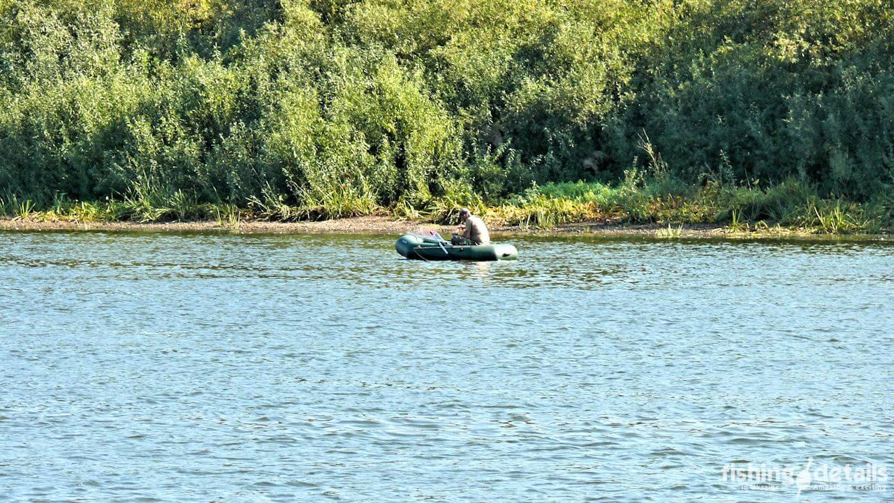 Рыбак на Десне