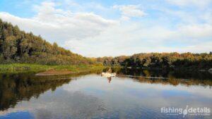 Рыбалка на Десне 2021 - Рыбак на косе